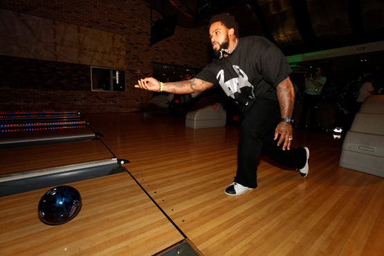 Prince FIelder participates in the 2011 Bowl-A-Thon