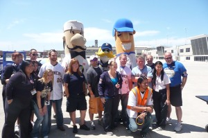 Yovani, Jonathan, the Brewers mascots and the Southwest crew on the tarmac.