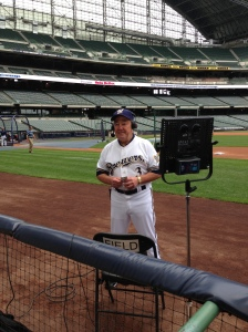 "DeQuardo being interviewed for MLB Network's ""Intentional Talk."""