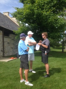 Robin Yount chats with Jay Aldrich and Ken Sanders.