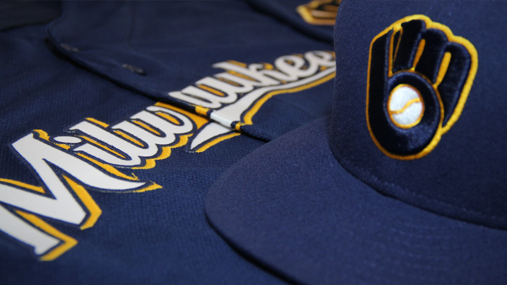 Brewers Unveil New Alternate Logo Navy Blue Jersey Will Be Worn Most Sundays At Home And On The Road