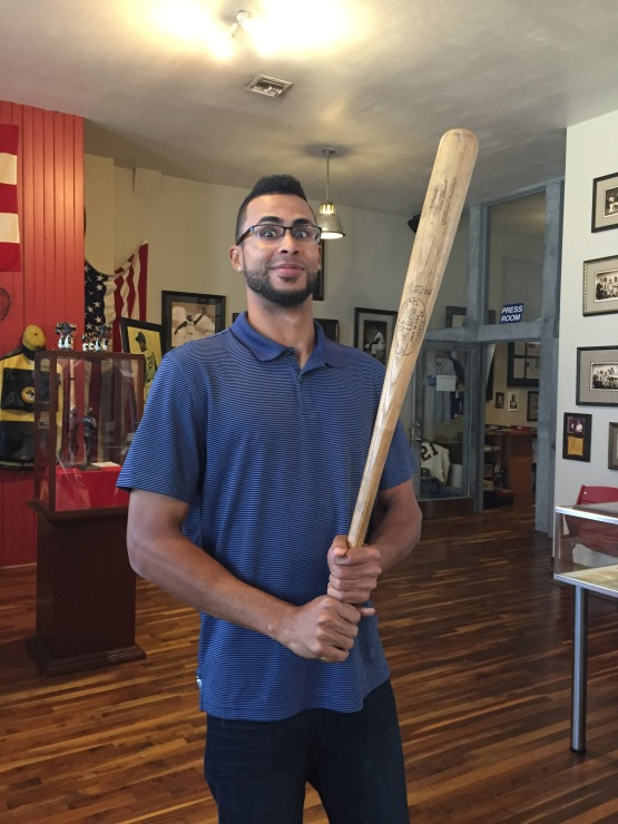 Back in Clemente's day, the bats were bigger than they are today. Yadiel's impressed.